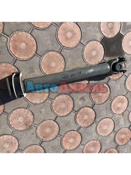 Кардан L=1200 мм Ф фланца 180 мм 4 отверстия Ф крестовины 62 мм с подвесным DZ9112312088 SHAANXI